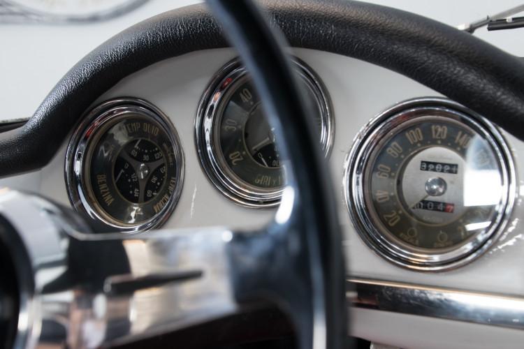 1962 Alfa Romeo Giulia spider 1600 21