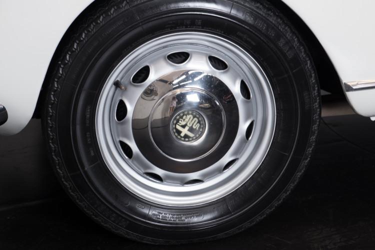 1962 Alfa Romeo Giulia spider 1600 8