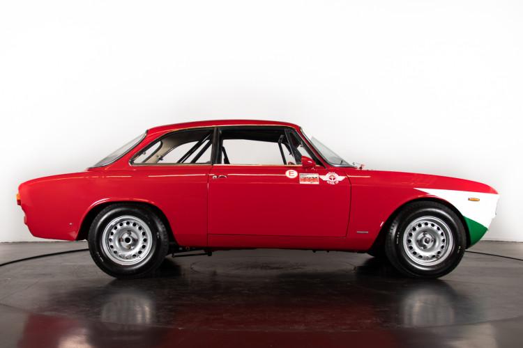 "1965 Alfa Romeo Giulia Sprint GTA ""Corsa"" 9"