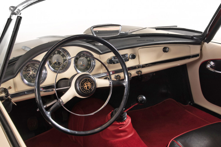 1959 Alfa Romeo Giulietta spider 10