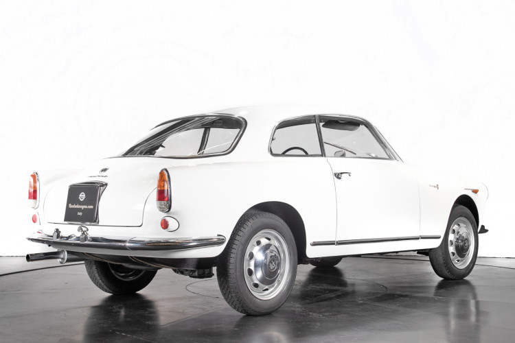 1961 Alfa Romeo Giulietta Sprint  5