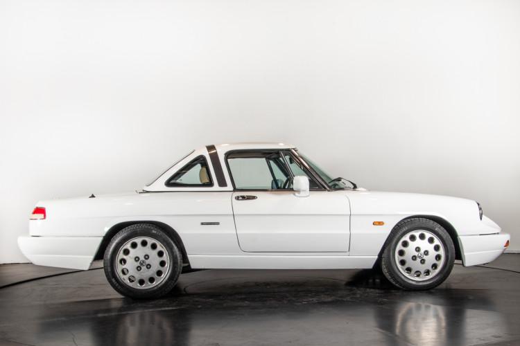 "1990 Alfa Romeo spider 2000 ""Duetto"" 3"