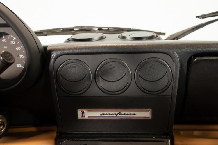 "1990 Alfa Romeo spider 2000 ""Duetto"" 16"