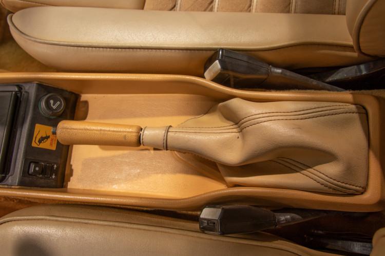"1990 Alfa Romeo spider 2000 ""Duetto"" 13"