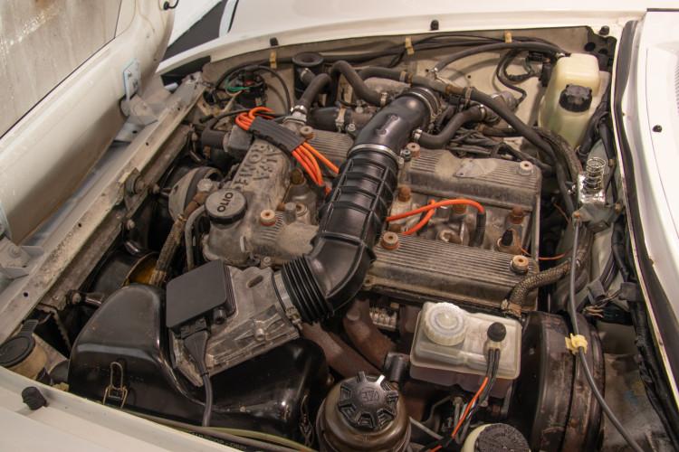 "1990 Alfa Romeo spider 2000 ""Duetto"" 26"