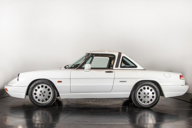 "1990 Alfa Romeo spider 2000 ""Duetto"" 7"