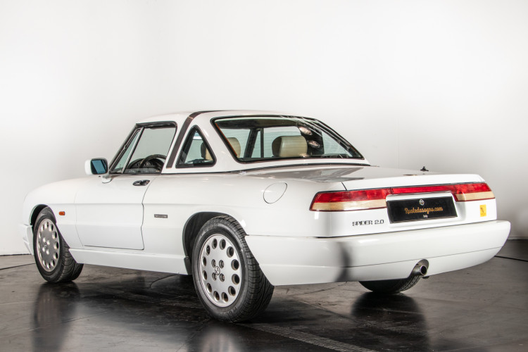 "1990 Alfa Romeo spider 2000 ""Duetto"" 6"