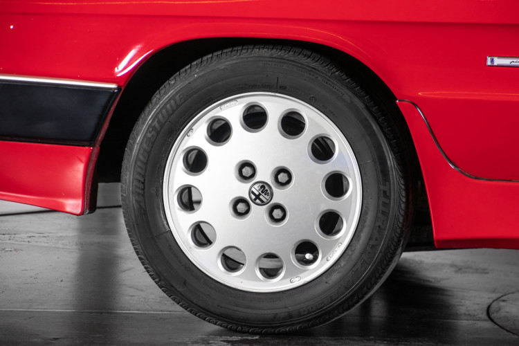 1987 ALFA ROMEO SPIDER DUETTO 3° SERIE QV 13