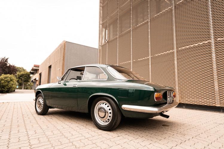 1966 Alfa Romeo GT 1300 Junior Scalino 6