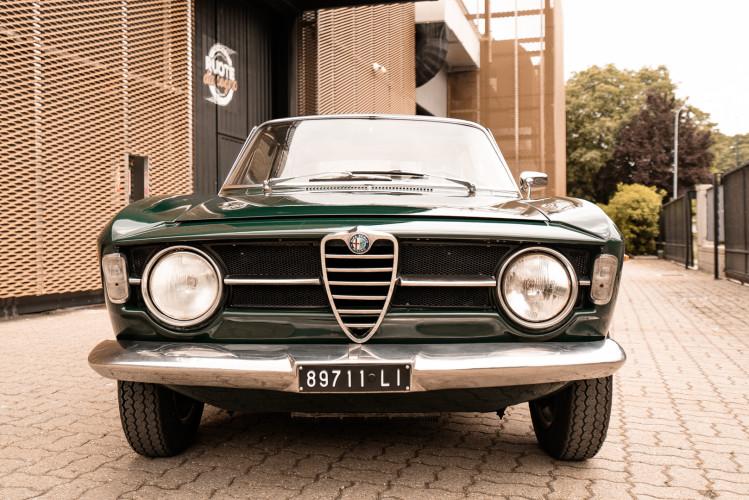 1966 Alfa Romeo GT 1300 Junior Scalino 3