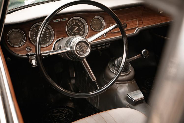 1966 Alfa Romeo GT 1300 Junior Scalino 26