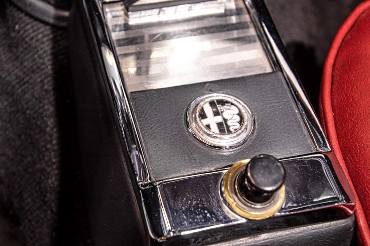 """1969 Alfa Romeo Duetto Spider 1750 """"Osso di Seppia"""" 40"""