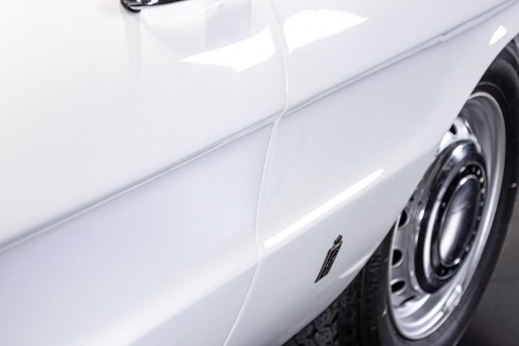 """1969 Alfa Romeo Duetto Spider 1750 """"Osso di Seppia"""" 41"""