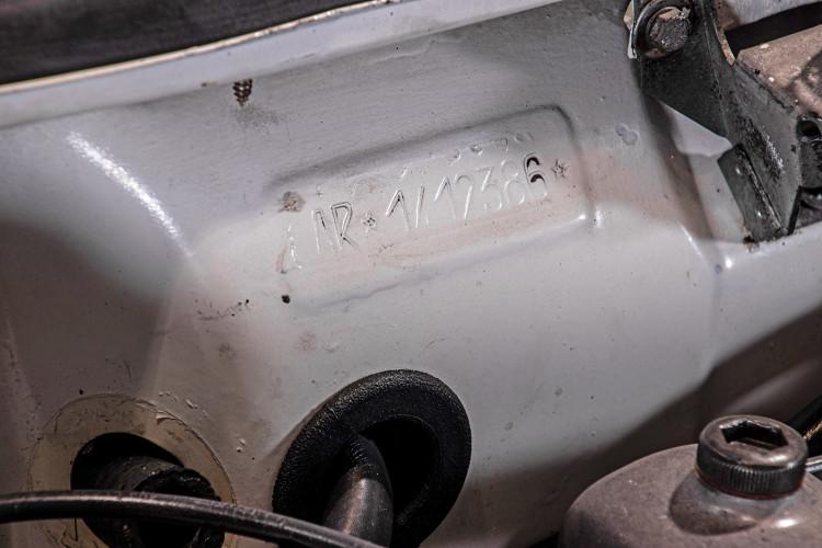 """1969 Alfa Romeo Duetto Spider 1750 """"Osso di Seppia"""" 47"""