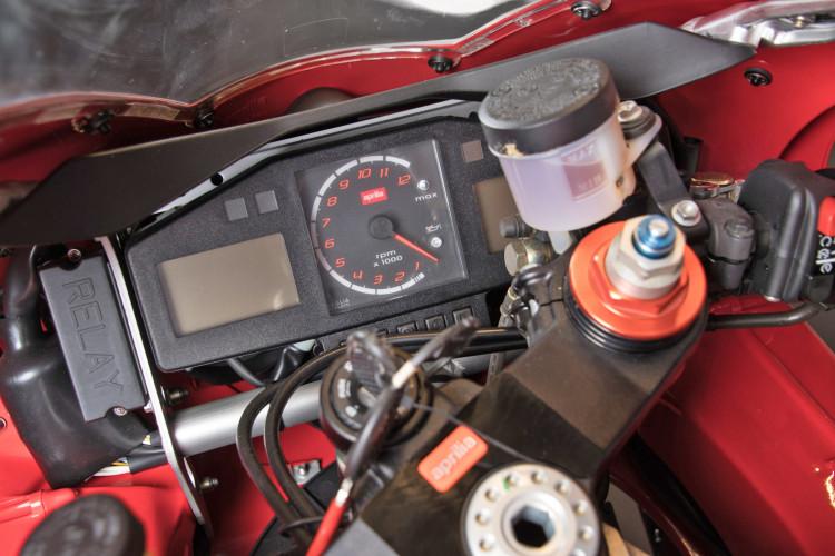 2000 Aprilia RSV 1000 15