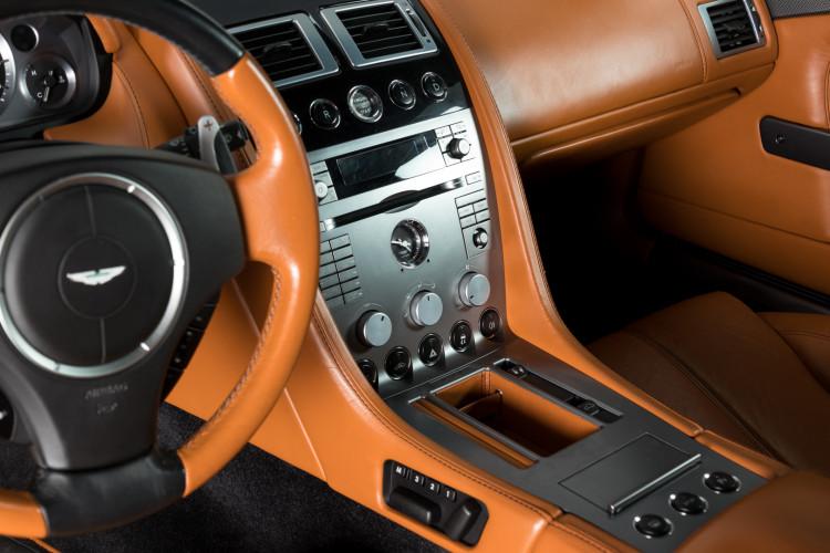 2006 Aston Martin DB9 Volante 13