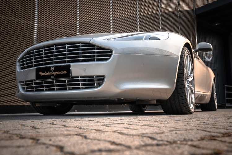 2010 Aston Martin Rapide 6.0 V12 9