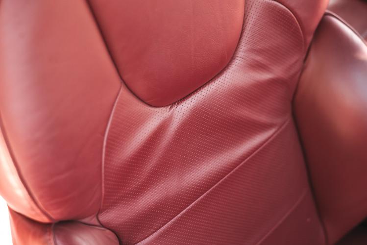 2001 Aston Martin V12 Vanquish 21