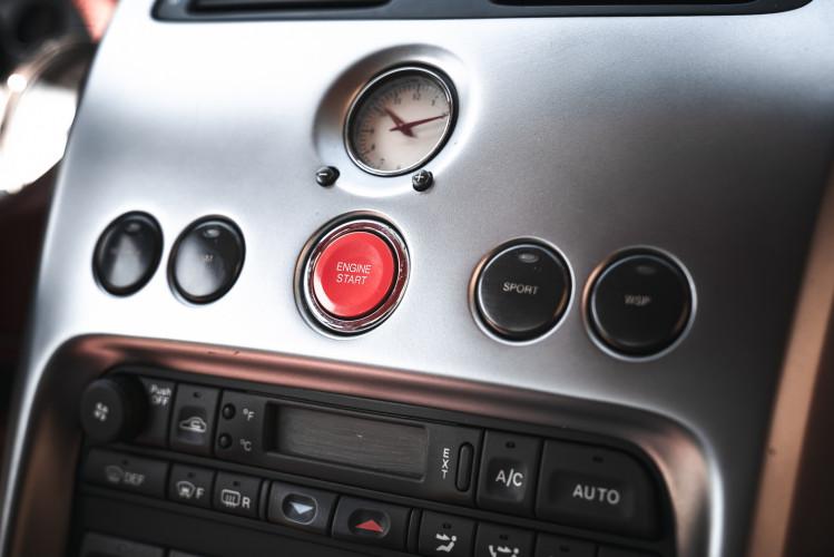 2001 Aston Martin V12 Vanquish 18