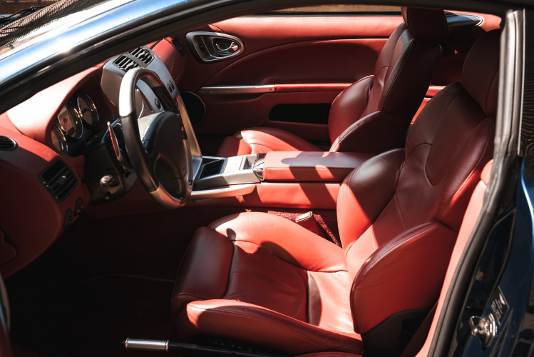 2001 Aston Martin V12 Vanquish 13