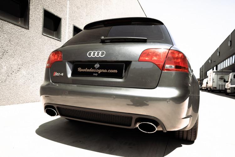2006 Audi RS4 Avant Quattro V8 4.2 FSI 8