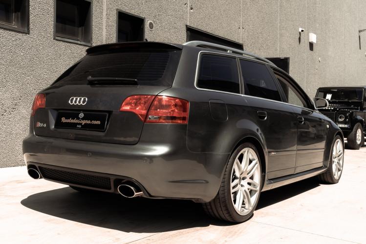 2006 Audi RS4 Avant Quattro V8 4.2 FSI 4