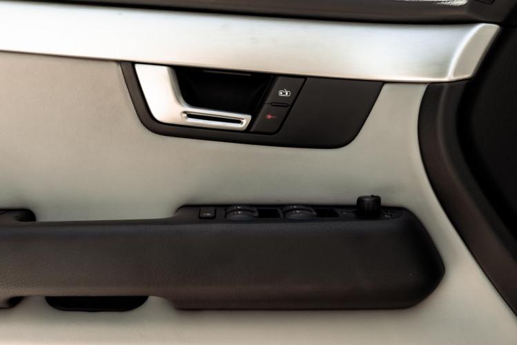 2006 Audi RS4 Avant Quattro V8 4.2 FSI 29