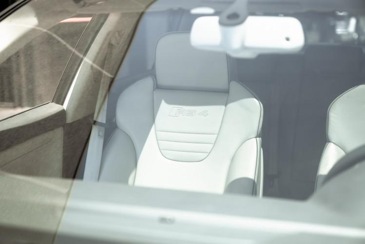 2006 Audi RS4 Avant Quattro V8 4.2 FSI 30