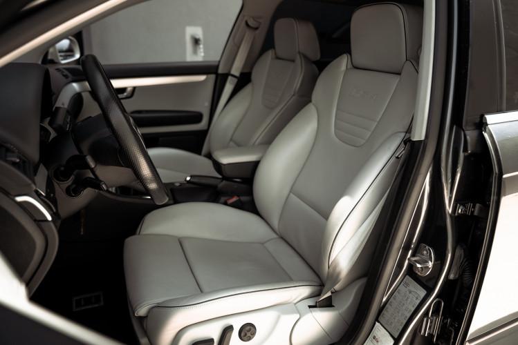 2006 Audi RS4 Avant Quattro V8 4.2 FSI 31