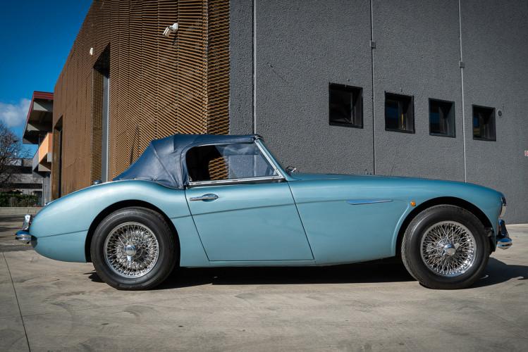 1961 Austin Healey BT7 3000 MKII 7