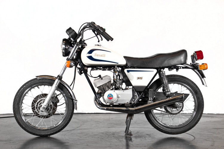 1987 Benelli 125 CUSTOM 0