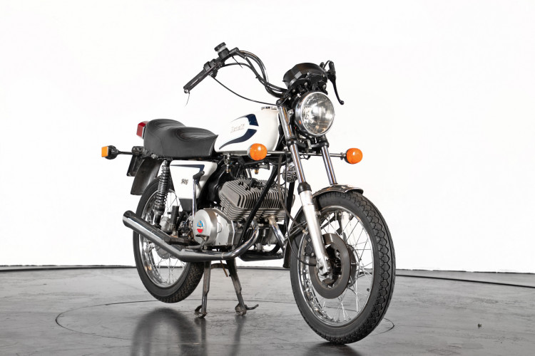 1984 Benelli 125 Custom 2