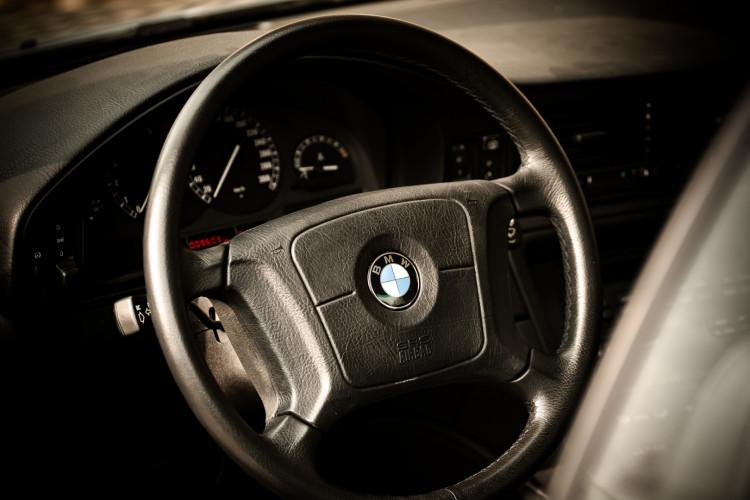 1997 BMW 850 Ci 12