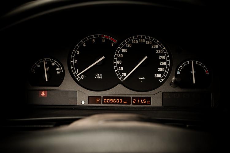 1997 BMW 850 Ci 33