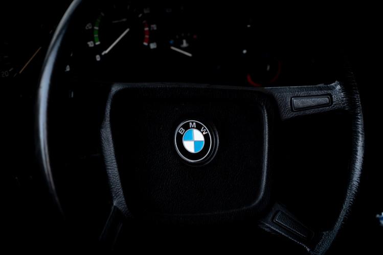 1981 BMW 323 i 9