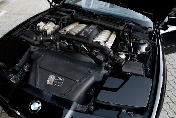 1992 BMW 850 i 33