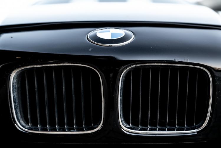 1992 BMW 850 i 40