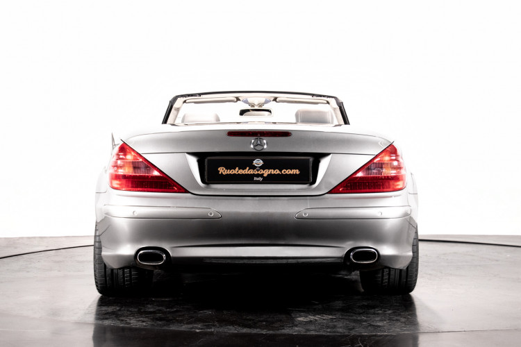 2004 Mercedes-Benz SL500 53