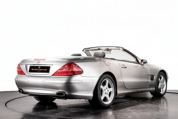 2004 Mercedes-Benz SL500 52