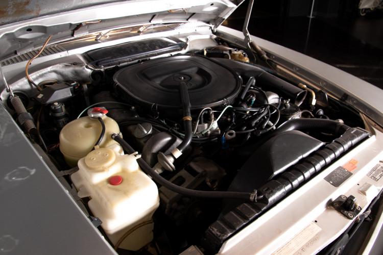 1977 Mercedes-Benz SL 450 33