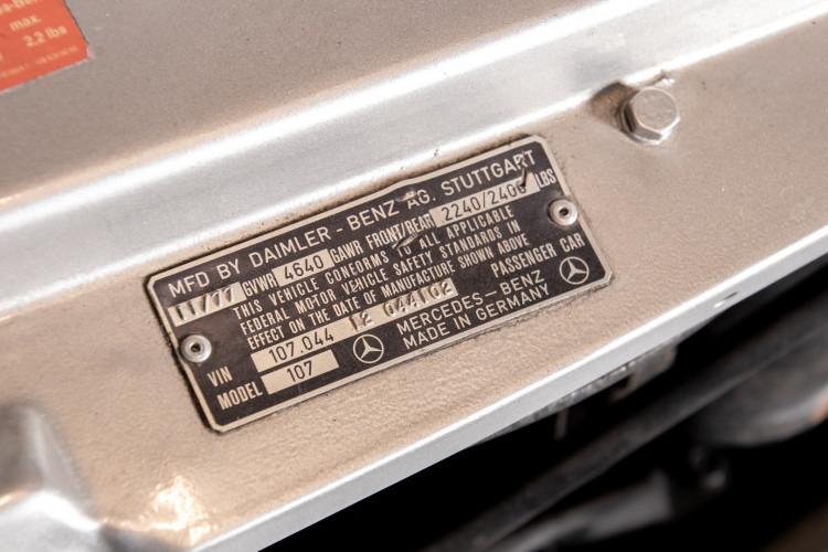 1977 Mercedes-Benz SL 450 36