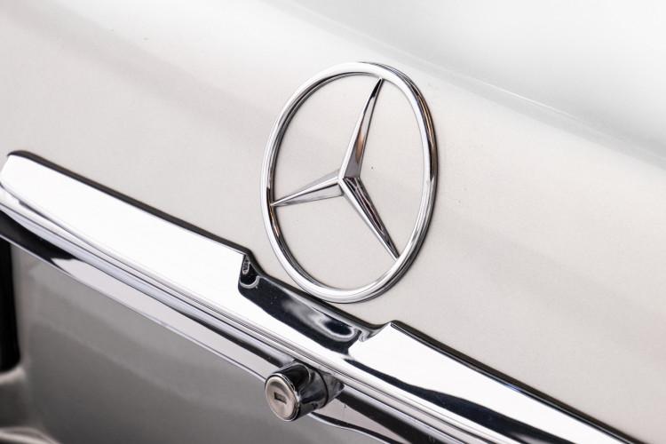 1977 Mercedes-Benz SL 450 8