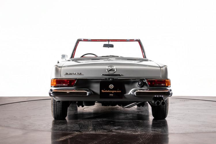 "1966 Mercedes-Benz 230 SL ""Pagoda"" 4"