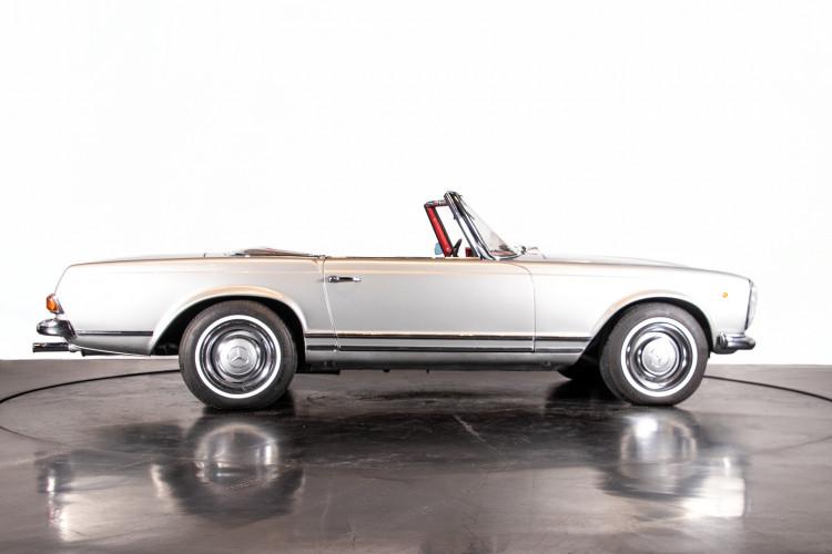 "1966 Mercedes-Benz 230 SL ""Pagoda"" 7"