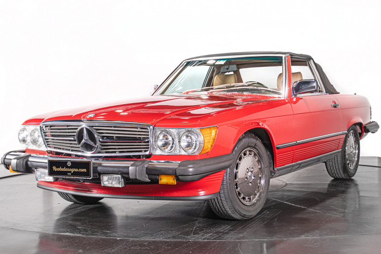 1985 Mercedes-Benz SL 560 0