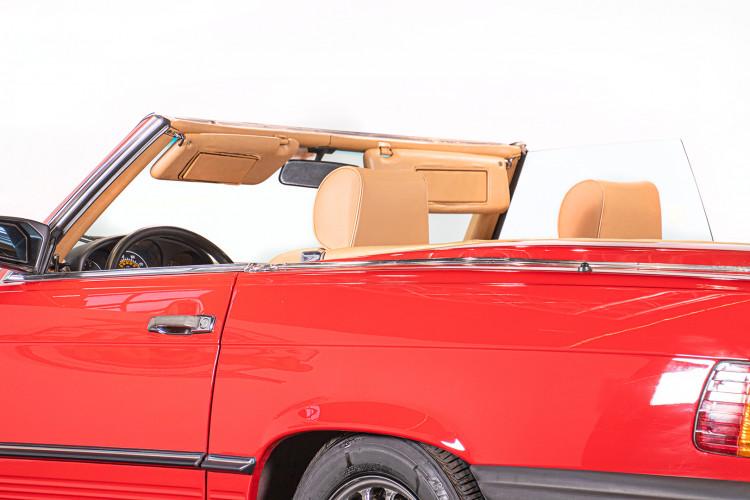 1985 Mercedes-Benz SL 560 22