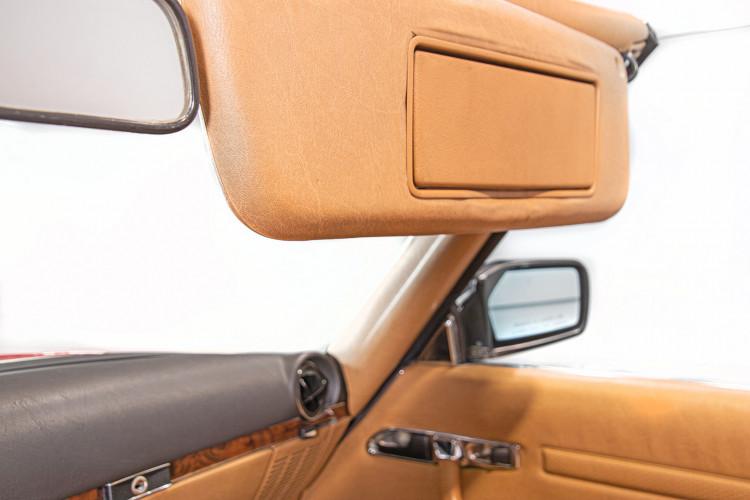 1985 Mercedes-Benz SL 560 43