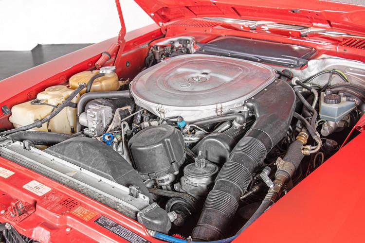 1985 Mercedes-Benz SL 560 44
