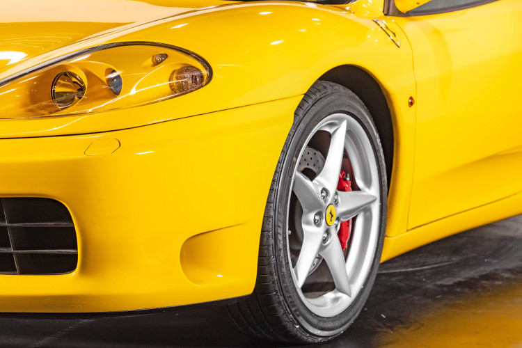 """2001 Ferrari 360 Spider """"Manuale"""" 15"""