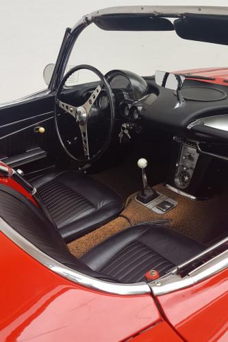 1962 CHEVROLET CORVETTE C1 14